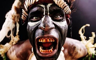 Bol v osade medzi kanibalmi, zatkli ho v Južnom Sudáne a išlo mu o život. Slovenský fotograf Martin Machaj dokumentuje život domorodcov