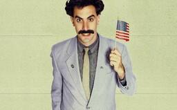Borat 2 bude mít premiéru už v říjnu. Sacha Baron Cohen nosil při natáčení neprůstřelnou vestu