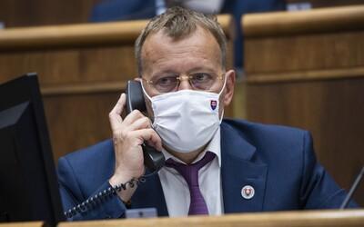 Boris Kollár prirovnáva očkovanie k holokaustu, opoziční politici sa podľa neho boja, že skončia v base