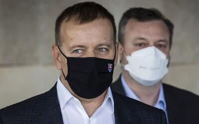 Boris Kollár: Vo vládnych opatreniach sa nevyzná ani divá sviňa. Zákaz dovoleniek je nezmysel, za ktorý je štát na smiech