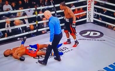 Boxer po brutálnom knokaute podstúpil operáciu mozgu, aktuálne je údajne v kóme