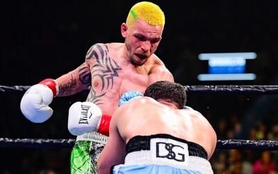 Boxer uhryzol súpera ako Mike Tyson. Zobrali mu výplatu vo výške 300-tisíc dolárov a má zákaz bojovať