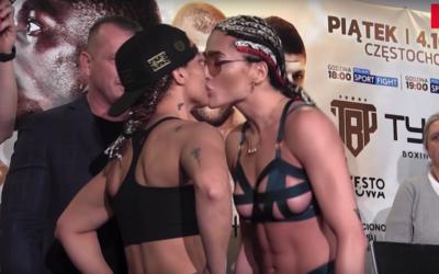 Boxerka políbila soupeřku na předzápasovém vážení, dostala facku a strhla se potyčka