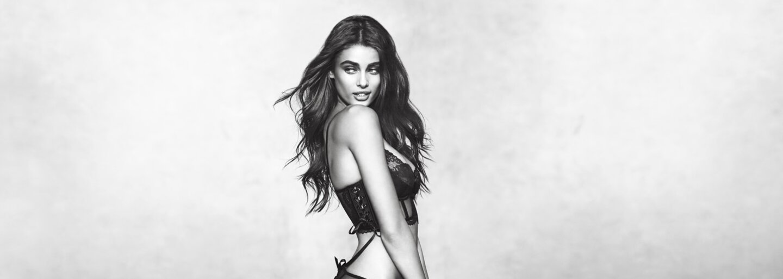 Bralette podprsenky jsou hitem sezóny a krásná modelka Taylor Hill ti ukáže, jak na ně