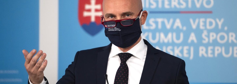 Branislav Gröhling: Titulu sa nevzdám, na opravu školstva potrebujeme stovky miliónov eur (Rozhovor)