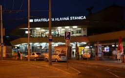 Bratislavský taxikár naúčtoval cudzincovi za pár minút jazdy 30 €. Neskôr mu však peniaze strhli a dostal pokutu