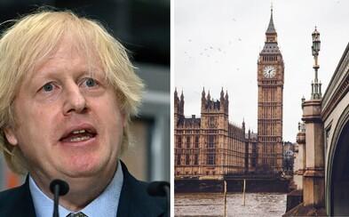 Británie zveřejnila seznam skoro 60 bezpečných zemí. Česko v něm nechybí, Slovensko ale ano