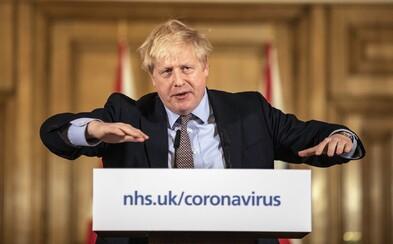 Briti menia stratégiu boja s koronavírusom. Uvedomili si, že by to znamenalo státisíce mŕtvych