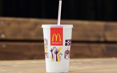 Briti nenávidia nové papierové slamky v McDonald's, tie staré predávajú za 5 000 €. Na eBayi sa rozbehol nový biznis