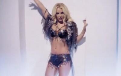 Britney Spears s klipom Work Bitch na oslavu výročia svojej kariéry
