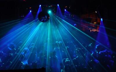 Britové si v nočních klubech budou moci nechat zkontrolovat čistotu své extáze a kokainu. Policie dokonce iniciativu podporuje