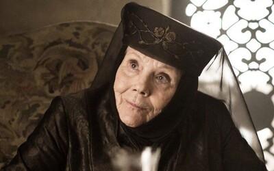 Britská herečka Diana Rigg, známa zo seriálu Game of Thrones, zomrela vo veku 82 rokov