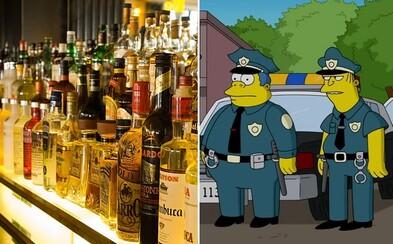 Britská policie chytila 21 kriminálníků díky triku ze Simpsonových. Levnému alkoholu a sladkostem neodolal téměř nikdo