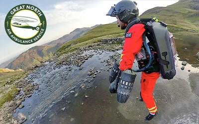 Britskí leteckí záchranári majú novú pomôcku. K zraneným chcú lietať v raketových oblekoch