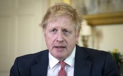 Britský premiér Boris Johnson pojmenoval syna na počest dvou lékařů, kteří jej vyléčili z koronaviru