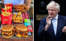 Britský premiér Boris Johnson se pouští do války proti obezitě: Chce zakázat propagaci sladkostí v obchodech či akce 1+1