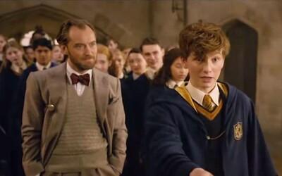 Brumbál učí v Bradavicích Mloka obranu proti černé magii. Nové záběry z Fantastic Beasts 2 jsou plné nostalgie