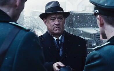 Bude Spielbergův Most špionů pro Toma Hankse mostem pro získání Oscara? (Recenze)