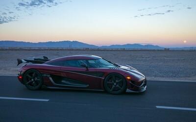 Bugatti utrpělo od Koenigseggu další zdrcující porážku. Agera RS je nejrychlejším autem planety