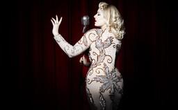 Burleska Angelina Angelic: Svým způsobem jsme luxusní striptérky. Nahotu vnímám jako svobodu (Rozhovor)