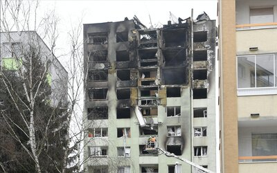 Bytovka v Prešově může kdykoli spadnout, uvažují o jejím zbourání. Stát možná postaví dotčeným rodinám nový panelák