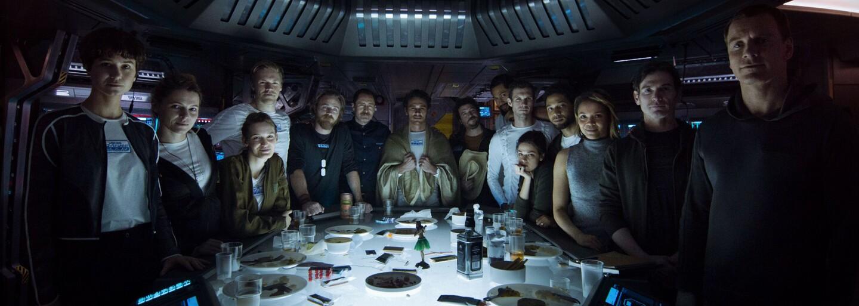 Bývalý člen MythBusters Adam Savage navštívil natáčanie očakávaného sci-fi Alien: Covenant, kde sa mohol pokochať úžasne detailnými stavbami