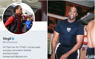 Bývalý wrestler se na Twitteru vydává za slavného fotbalistu z Liverpoolu. Svými příspěvky baví celý internet