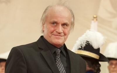 Bývalý politik a známý hudebník Michael Kocáb zvažuje kandidaturu na prezidenta. Podle Lidových novin o tom hovořil na Rádiu Impuls.