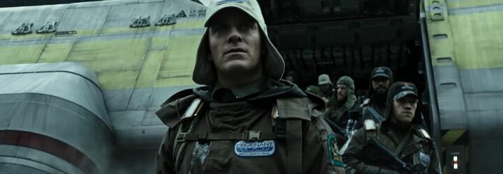 Votrelci sa v desivom traileri pre Alien: Covenant nedržia späť. Ľudským párikom skončila romantika, čaká ich vopred stratená hra o prežitie