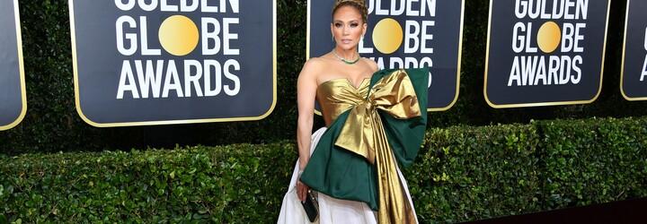 Jennifer Lopez s mašľou cez prsia a nudná elegancia v hlavnej úlohe. Aké outfity sme videli na Zlatých glóbusoch 2020?