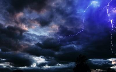 ČHMÚ: Vedra z tohoto týdne vystřídají průměrné teploty. Po silných bouřkách ubyde i srážek.