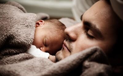 Otcovská dovolená se prodlouží na dva týdny.