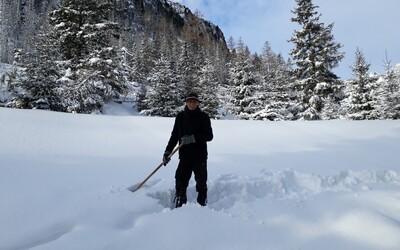 Zo dňa na deň sa ochladí o 15 stupňov. Na Slovensko sa vracia zima, upozorňuje SHMÚ.