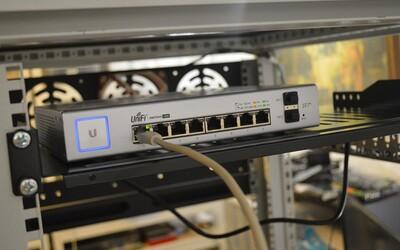 Vědci tvrdí, že vyvinuli zařízení pro nejrychlejší internet na světě. 1 000 filmů stáhne za 1 sekundu.