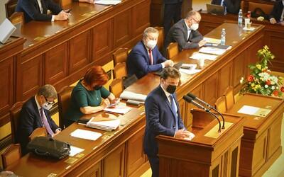 Jak se staví české politické strany ke změně definice znásilnění? Zeptali jsme se jich, zda budou prosazovat změnu