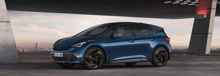 Cupra predstavuje svoj prvý elektromobil. Brat ID.3-ky má športovejší šmrnc a 231 elektrických koní