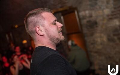 Candymane a Kicker posílají společnou skladbu, ve které velmi trefně popisují český národ