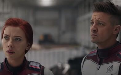 Captain America motivuje Avengerov na boj s Thanosom. Rozdelia sa hrdinovia do viacerých tímov?