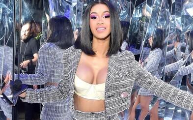 Cardi B láme rekordy, její album je nejstreamovanějším ženským rapovým počinem v historii Spotify