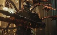 Carnage si robí z Venoma trhací kalendár. V traileri k filmu Venom 2 hláškujú monštrá aj Tom Hardy