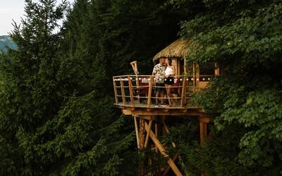 Čarovné slovenské domčeky na stromoch, v ktorých si môžeš užiť rozprávkový oddych aj ty