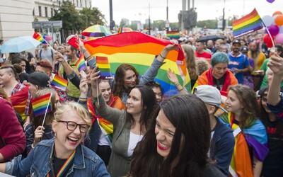 """Časopis Reflex vytvořil """"test"""" k Prague Pride. """"Chodící mindráček bílého heterosexuála,"""" myslí si Twitter"""