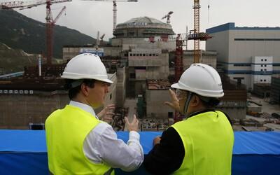 V Hongkongu zaznamenali únik z jaderné elektrárny, čínská vláda problém neřeší.