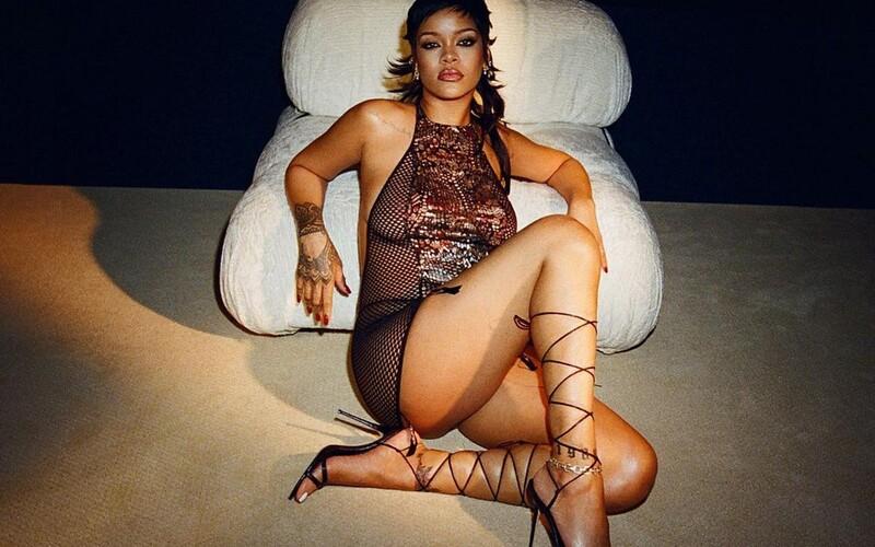 Sexy spodní prádlo pro všechny a velkolepá show. Rihanna představila novou kolekci SAVAGE x FENTY.