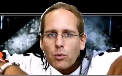 Čech narapoval 113 článků Ústavy ČR do beatů od Eminema i Snoop Dogga. Skladba má 59 minut