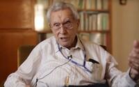 Čech prošel třemi koncentračními tábory, podařilo se mu utéci z Osvětimi a dalším lidem pomohl uprchnout z Terezína