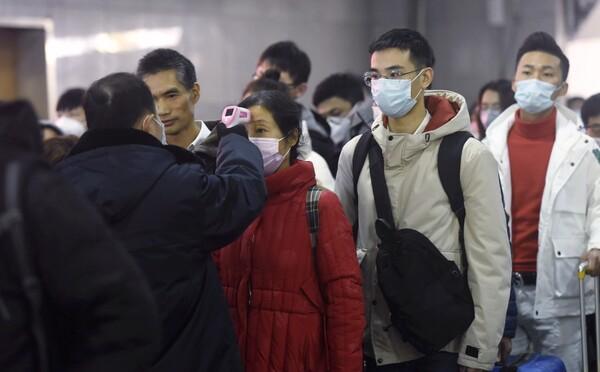 Čechy z Wu-chanu mohou pomoct odvézt Francouzi, strany jednají o možné evakuaci