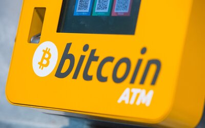 Cena Bitcoinu prekročila hranicu 10-tisíc dolárov a stále stúpa