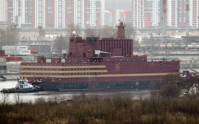 Černobyl na vodě aneb ruská plovoucí jaderná elektrárna dorazila do své trvalé základny