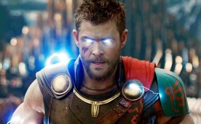 Čerstvá ukážka posiela Thora s Hulkom do centra pekelnej akcie v boji proti svojmu doposiaľ najväčšiemu nepriateľovi